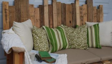 Outdoor Sofa From Pallet Wood