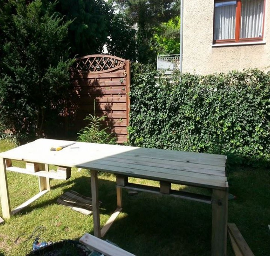 Pallets Bench Plans Ideas