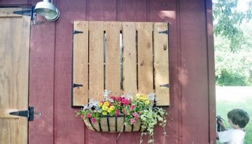 Pallets Windows with Flower Baskets