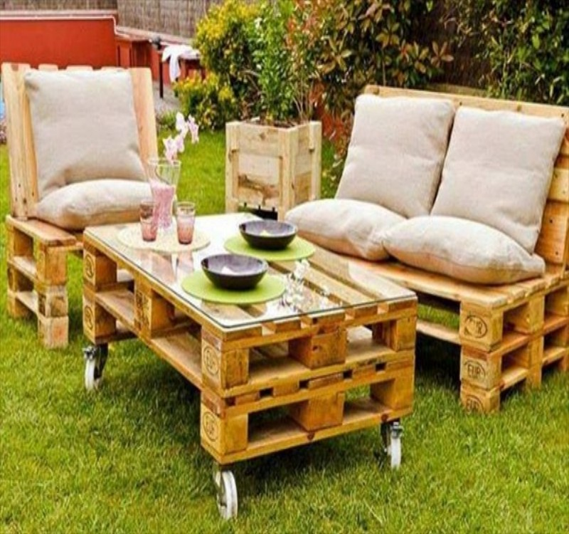 Garden Furniture From Wooden Pallets garden furniture made with pallets | pallet ideas: recycled