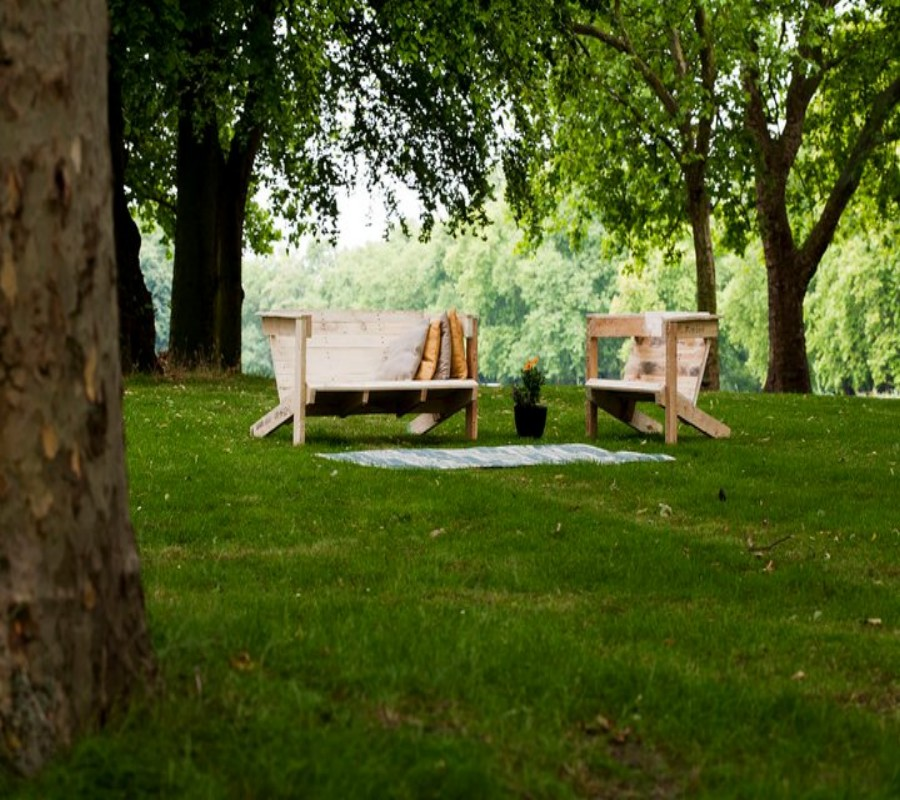 Seating Arrangement For Parks With Pallets Regina Mcgill