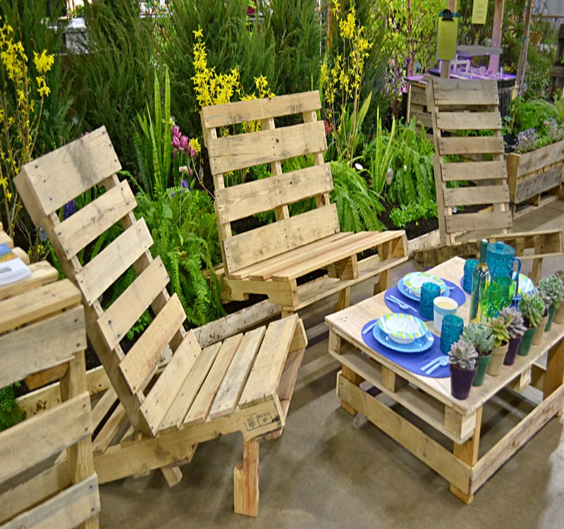 patio furniture from pallets. Garden Furniture Made With Pallets   Pallet Ideas