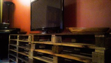 Upcycled Pallet Coffee Table And TV Stand