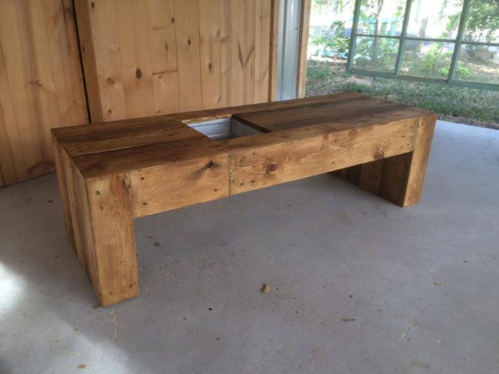 Miraculous Pallets Bench With Succulent Planter Space Pallet Ideas Caraccident5 Cool Chair Designs And Ideas Caraccident5Info