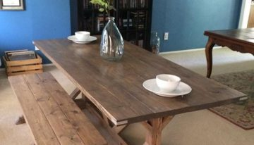 Pallets Rustic Farmhouse Table & Bench