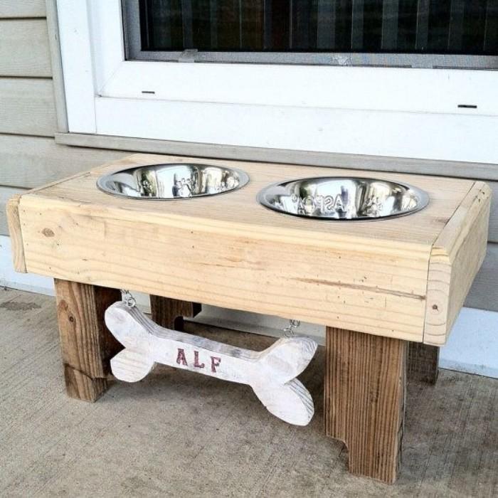 Pallets Made Dog Bowls | Pallet Ideas - photo#33