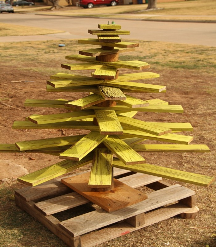 Pallets Made Wooden Christmas Trees Pallet Ideas