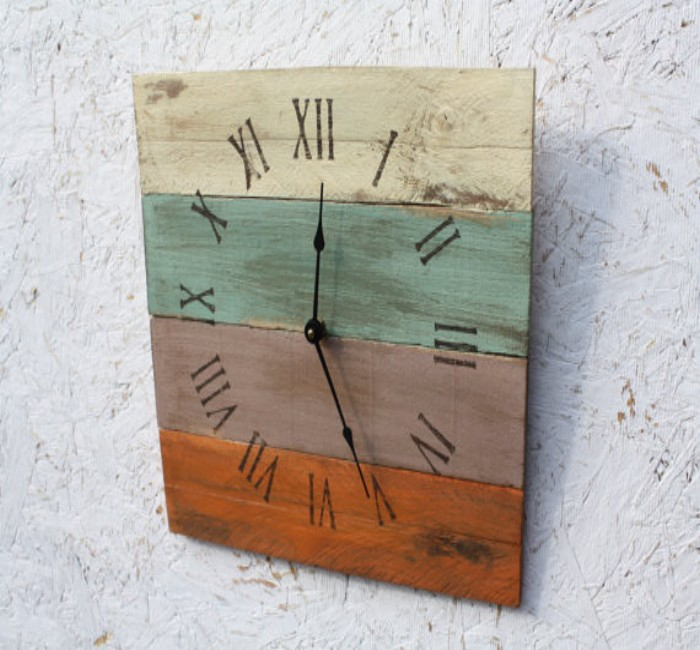 Pallets Created Wall Clock