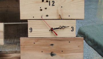 Pallets Made Wooden Wall Clocks