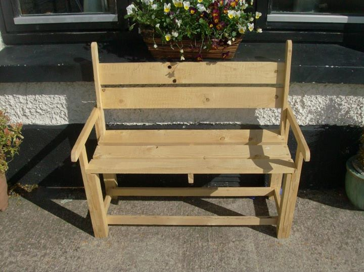 Pallets Powered Kids Bench Pallet Ideas Recycled Upcycled Pallets Furniture Projects