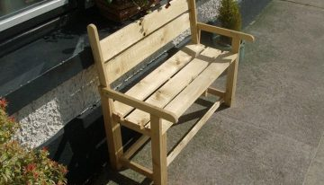 Pallets Powered Kids Bench