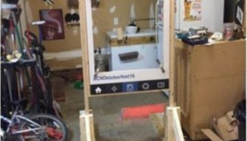 Pallets Made Photo Booth