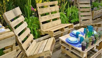 Outdoor Furniture out of Pallets Wood