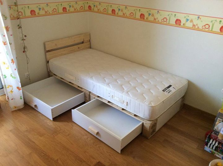 Pallet Bed With Storage Wooden Pallets Kids Bed With