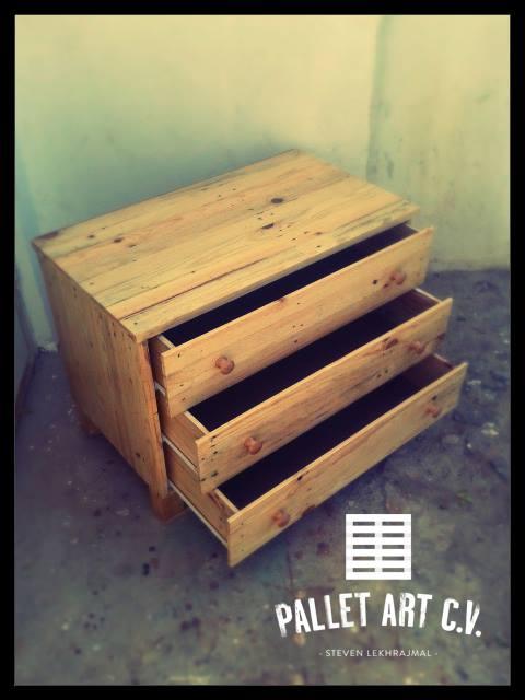 Pallets Made Comoda For Multipurpose Pallet Ideas