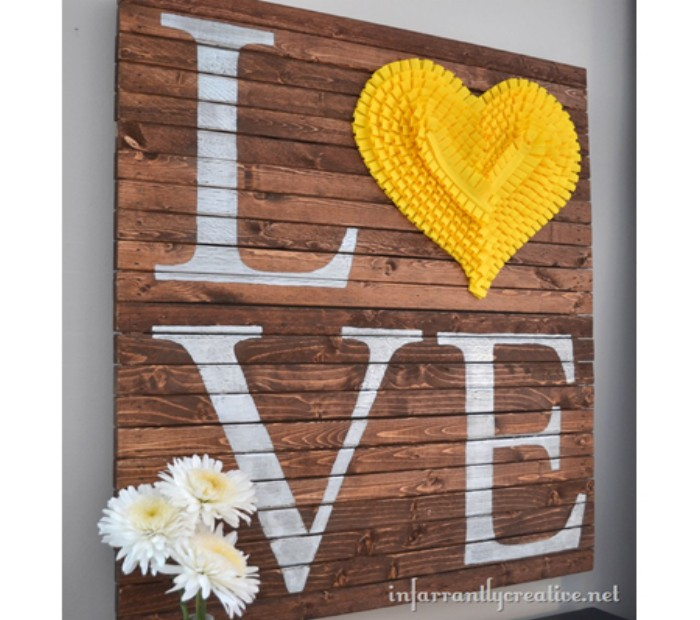Pallets wall art craft ideas my decor home decor ideas for Crafts made with pallets