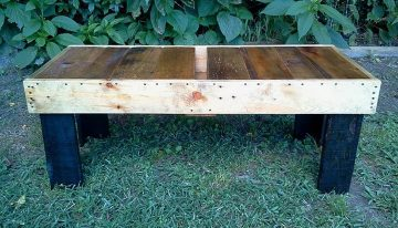 DIY Pallets Coffee Table Bench