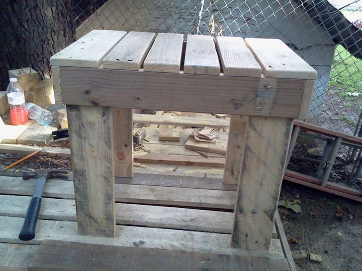 DIY Pallets Rustic Benches 4