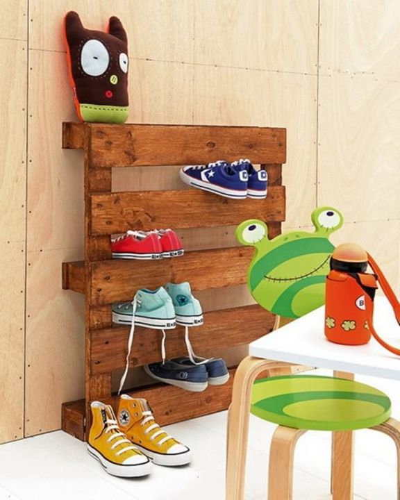 Kids Room Fun with Pallets