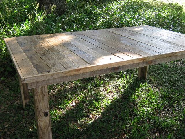 Pallets Made Farmhouse Table And Chair Pallet Ideas