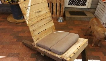 Pallets Table Recycled To Chair