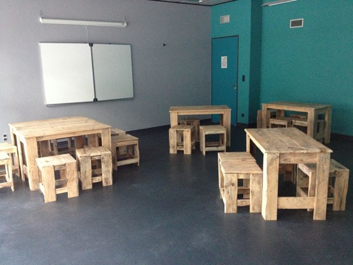Modern Classroom Furniture Ideas ~ Pallets made classroom furniture pallet ideas recycled