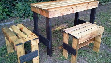 Recycled Pallets Garden Table Set