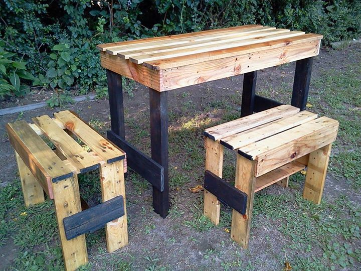 Recycled pallets garden table set pallet ideas recycled for Pallet patio table
