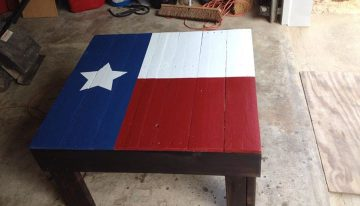 Texas State Flag Pallets Coffee Table