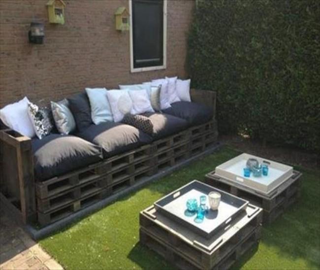 Garden Decor Using Pallets: 18 Elegant Pallets Wood Sofa Ideas