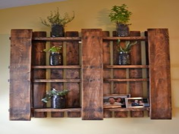 Pallets Made Wall Shelves And Stands Pallet Ideas