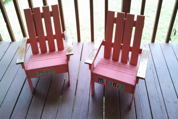 Pallets Kids Chairs