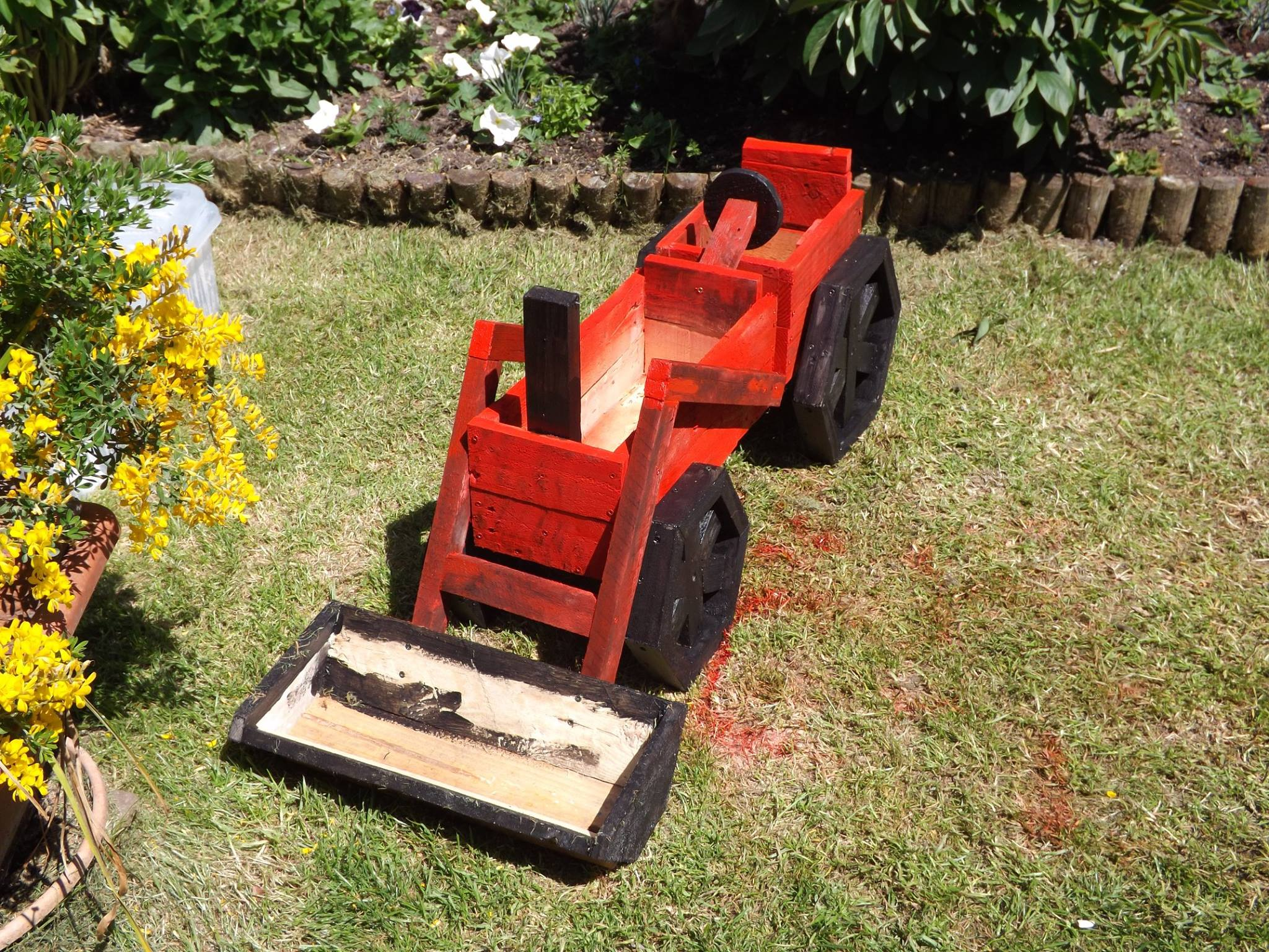 Pallets Made Planter Tractor 3