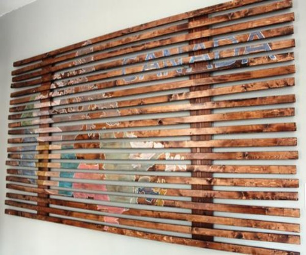 Elegant Wall Art With Wooden Pallets