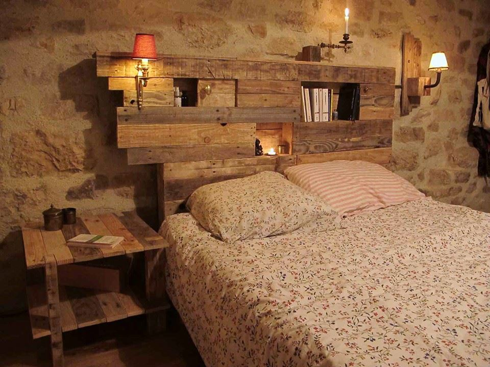 Lighting Pallets Bed Headboard with Side Table
