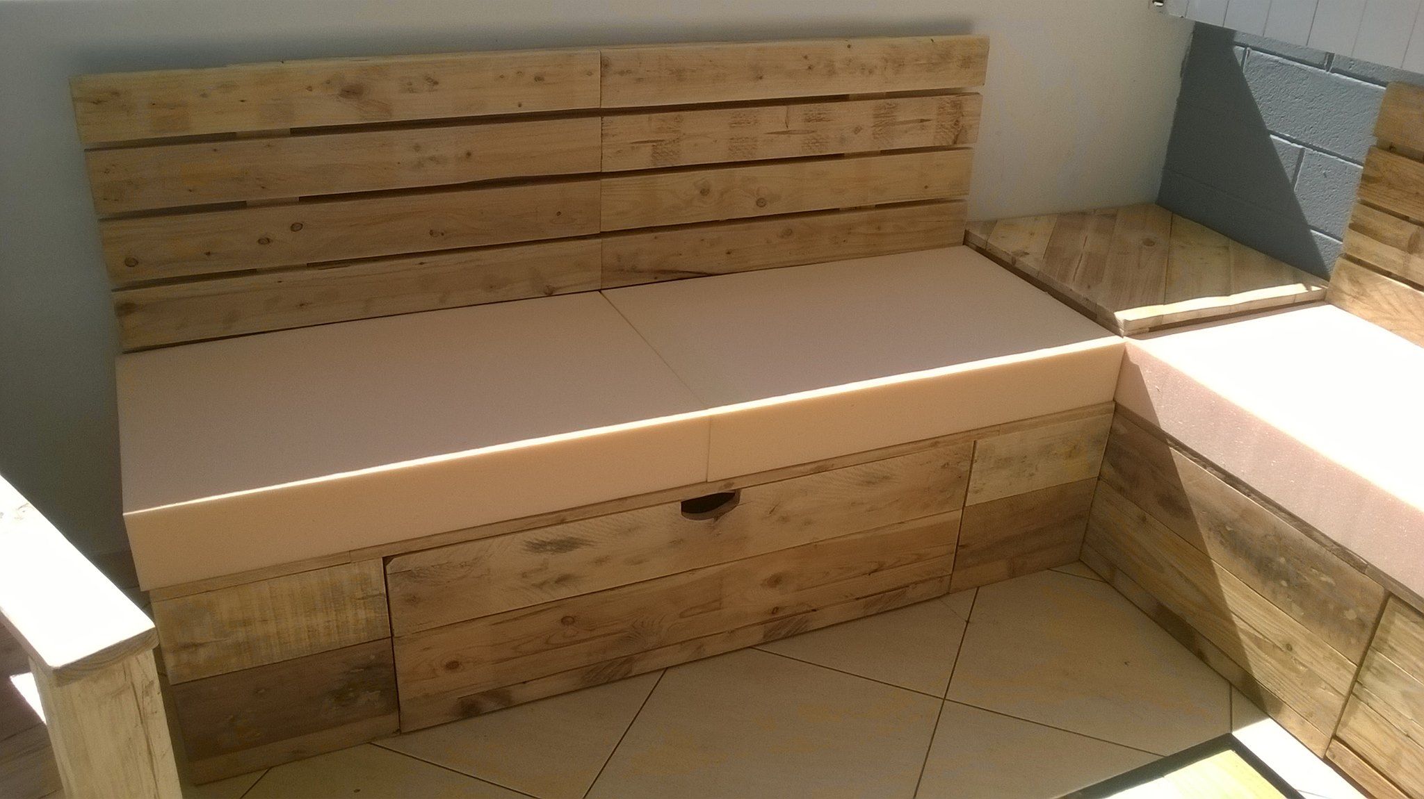 Meubles Palettes Salon  Pallet Ideas Recycled  Upcycled Pallets Furniture  -> Meuble Palette