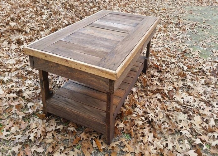Pallet coffee table pallet ideas recycled upcycled for Pallet coffee table ideas