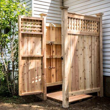 Pallets Made Backyard Bathing Shower Ideas