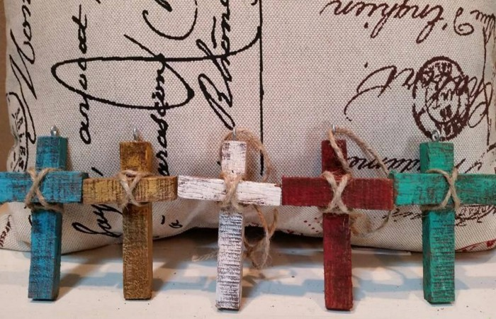 Pallets Made Crosses For Easter Pallet Ideas