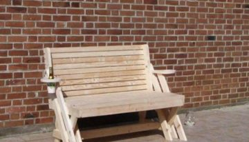 Pallets Moldable Bench Cum Table