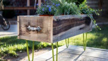 Reclaimed Cedar Wood Planter Boxes