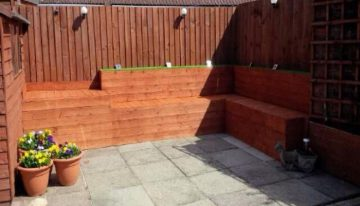 DIY Garden Corner Deck with Wooden Pallets