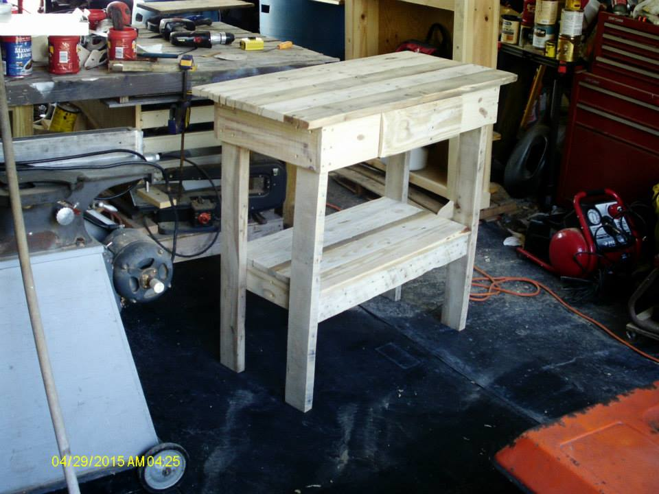 Diy Pallet Wooden Entry Table Hutch Pallet Ideas