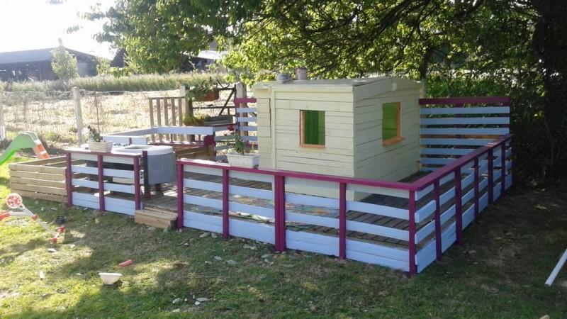 Pallets Made Kids Fun Land / Playhouse | Pallet Ideas