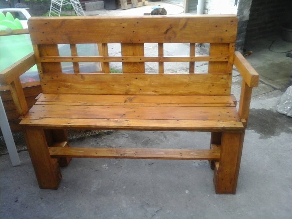 Pallets Made Outdoor Bench Pallet Ideas