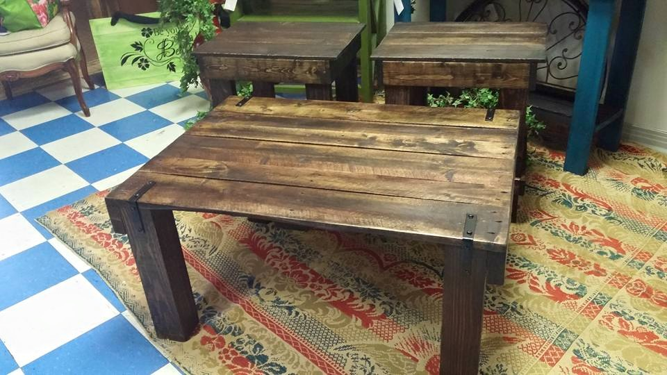 Vintage Pallets Coffee Table