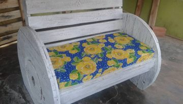 Pallets Cable Wheel Couch