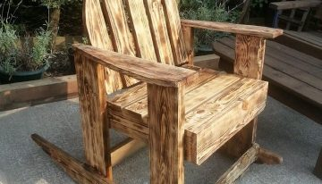 Burnt Wood Effects Pallets Outdoor Chair