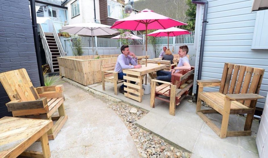 Cute Patio Furniture Out Of Wooden Pallets Pallet Ideas