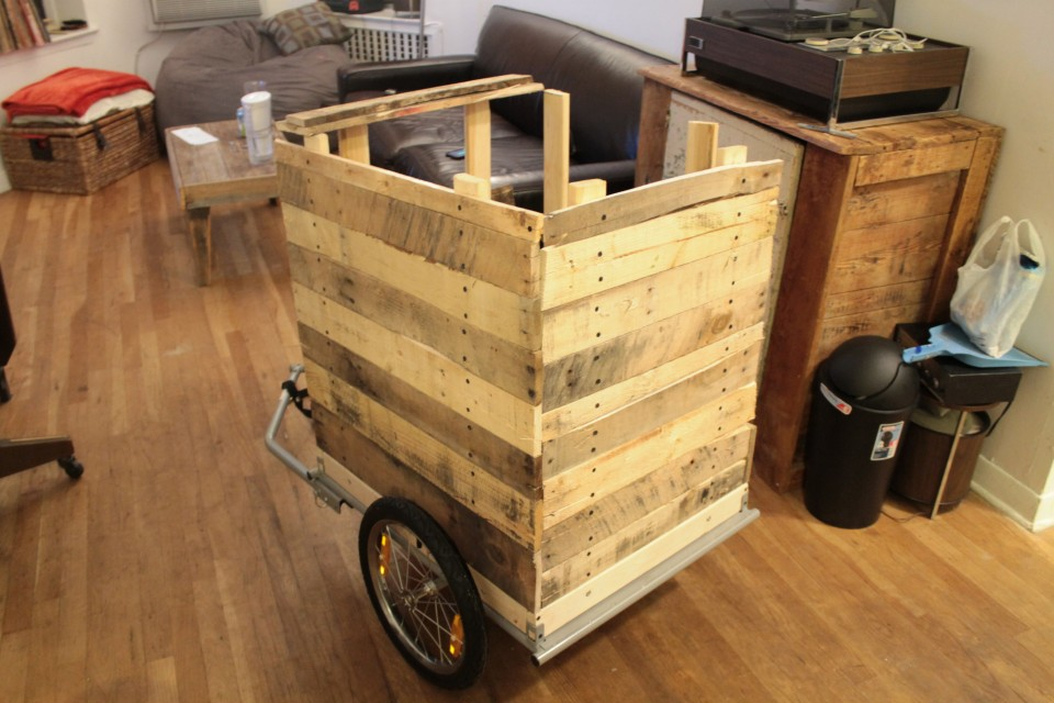 Diy Coffee Cart Made From Reclaimed Pallets Pallet Ideas